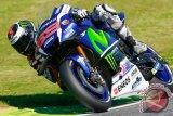 Menangi duel dengan Marquez, Lorenzo tercepat di MotoGP Italia