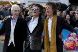 Di Usia 68 Gitaris Rolling Stones Ronnie Wood Jadi Ayah Anak Kembar