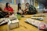 Satgas TNI beri layanan kesehatan warga perbatasan RI-Malaysia