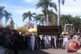 Ritual Tabot Peringati Wafat Husein Mulai Dengan Mengambil Tanah