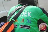 Polrestabes Surabaya meringkus pengemudi Gojek gadungan