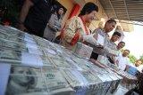 Sindikat penipuan mata uang asing berhasil diamankan petugas