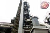 Salah satu bagian bangunan pabrik semen PT Indocement Tunggal Prakarsa Tbk, Plant 14, berkapasitas 4,4 juta ton semen per tahun, yang diresmikan Menteri Perindustrian Airlangga Hartarto, di Citeureup, Kabupaten Bogor, Jawa Barat. (ANTARA FOTO/M.Tohamaksun).