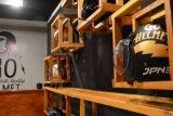 Mahasiswa Umri Kembangkan Usaha Laundry Helm