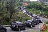 Ini jalur alternatif bagi pengendara yang ingin menghindari kemacetan di Bukittinggi