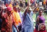 Yustus Wonda dan Kirenius Telenggen optimistis menang pilkada di Puncak Jaya