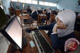 30.672 Sekolah Siap Selenggarakan UNBK