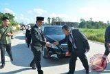 Jalan-Jalan Ibukota Dibenahi, Menuju KIPI dan Perbatasan jadi Prioritas=1 Tahun Kepemimpinan Irianto – Udin, Sebagai Gubernur dan Wakil Gubernur Kaltara (12 Februari 2016 – 12 Februari 2017)