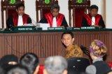 Salah satu hakim perkara Ahok meninggal dunia
