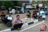 Komunitas tanah ombak Padang luncurkan vespa pustaka