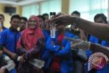 Anggota DPR temukan ikan asin gunakan baygon