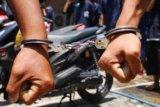 Polisi tangkap perampas motor dengan modus jual knalpot