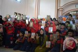 Armada Pustaka Lampung Bagikan Mushaf Alquran