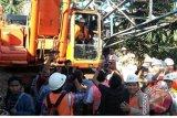 Gubernur Minta Jembatan Tello Dirampungkan November