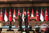 Jokowi-Erdogan saling ucapkan selamat Idul Fitri dan bahas COVID-19