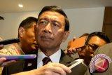 Menko Polhukam intruksikan Kapolri-Panglima TNI kejar pelaku penembakan