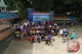 Sea Soldier Manado Bersihkan Sampah Pantai Bunaken-Nain-Siladen