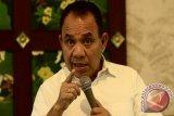 Gubernur Minta Penerima Karya Satya Tingkatkan Disiplin