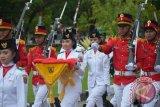 pasukan pengibar Bendera Merah  Putih pada peringatan HUT Proklamasi RI ke-72 tingkat Kabupaten Gorontalo  Utara