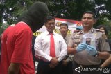 Gunakan Tembakau Gorila, Kakak Beradik Ditangkap Polisi