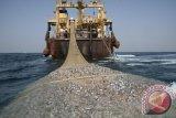 PolAir NTT tindak tegas kapal purse seine