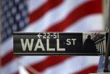 Saham-saham Wall Street berakhir bervariasi di tengah data ekonomi