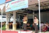 Dalam memperingati HUT Gerakan Pramuka ke-56 Tahun 2017, Kwartir Cabang Gerakan Pramuka Barito Kuala menggelar upacara, di halaman Kantor Bupati Barito Kuala, Senin (25/9). Foto:Antaranews Kalsel/Arianto/G.