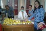 BNNP NTT  test urine terhadap 50 pegawainya