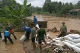 Flash Floods Hit Four Villages in Banyumas