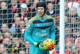 Giroud: Arsenal 'Berutang' Kemenangan Liga Europa pada Petr Cech