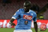 Bungkam Verona 2-0, Napoli kokoh di puncak klasemen Liga Italia