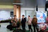 Jokowi seruput kopi