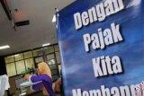 Kantor pajak Riau berlakukan antrean nomor tiket daring antisipasi COVID-19
