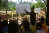Upaya TNI mengentaskan buta aksara di perbatasan RI-PNG