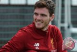 Alberto Moreno siap bertarung dengan Robertson untuk posisi di Liverpool