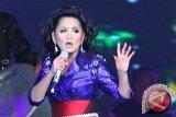 Addie MS  nilai Vina Panduwinata sosok yang berpikiran positif
