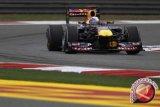 Sebastian Vettel tercepat hari pertama tes pramusim di Catalunya, Sainz kedua