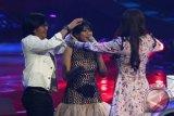 Langkah  Jodie terhenti di spekta show top 7 Indonesian Idol
