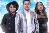 Abdul, Joan, dan Maria bertahan di Indonesian Idol