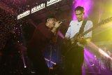 Medan, (Antaranews Sumut) - Grup band Noah membawakan lagu pada CIMB Niaga