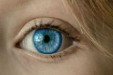 Dokter : Rumus 20-20 untuk menjaga mata agar tidak refraksi