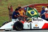 Mobil balap F-1 Senna terjual 4,19 juta euro