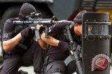 Satu polisi meninggal saat kontak tembak dengan kelompok MIT Poso