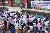 LAZ Mitra Ummat gelar belanja baju rayo bersama yatim