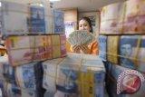 200 keluarga ekonomi lemah di Jayawijaya terima bantuan