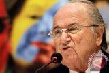 FIFA mendesak Swiss lanjutkan proses hukum atas Sepp Blatter
