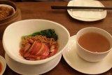 Berbuka puasa dengan hidangan khas Hong Kong