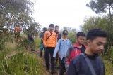 Mendaki Gunung Slamet, 5 remaja dijemput Tagana
