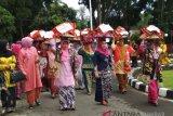 Arak-arakan dan makan bajamba meriahkan HUT Lubukbasung sebagai ibu kota Kabupaten Agam (Video)