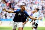 Mbappe sumbang 4 gol saat PSG hancurkan Lyon